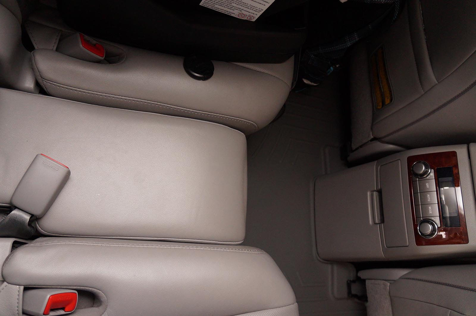 2012 Toyota Highlander middle seat 1 by Sarah Franzen