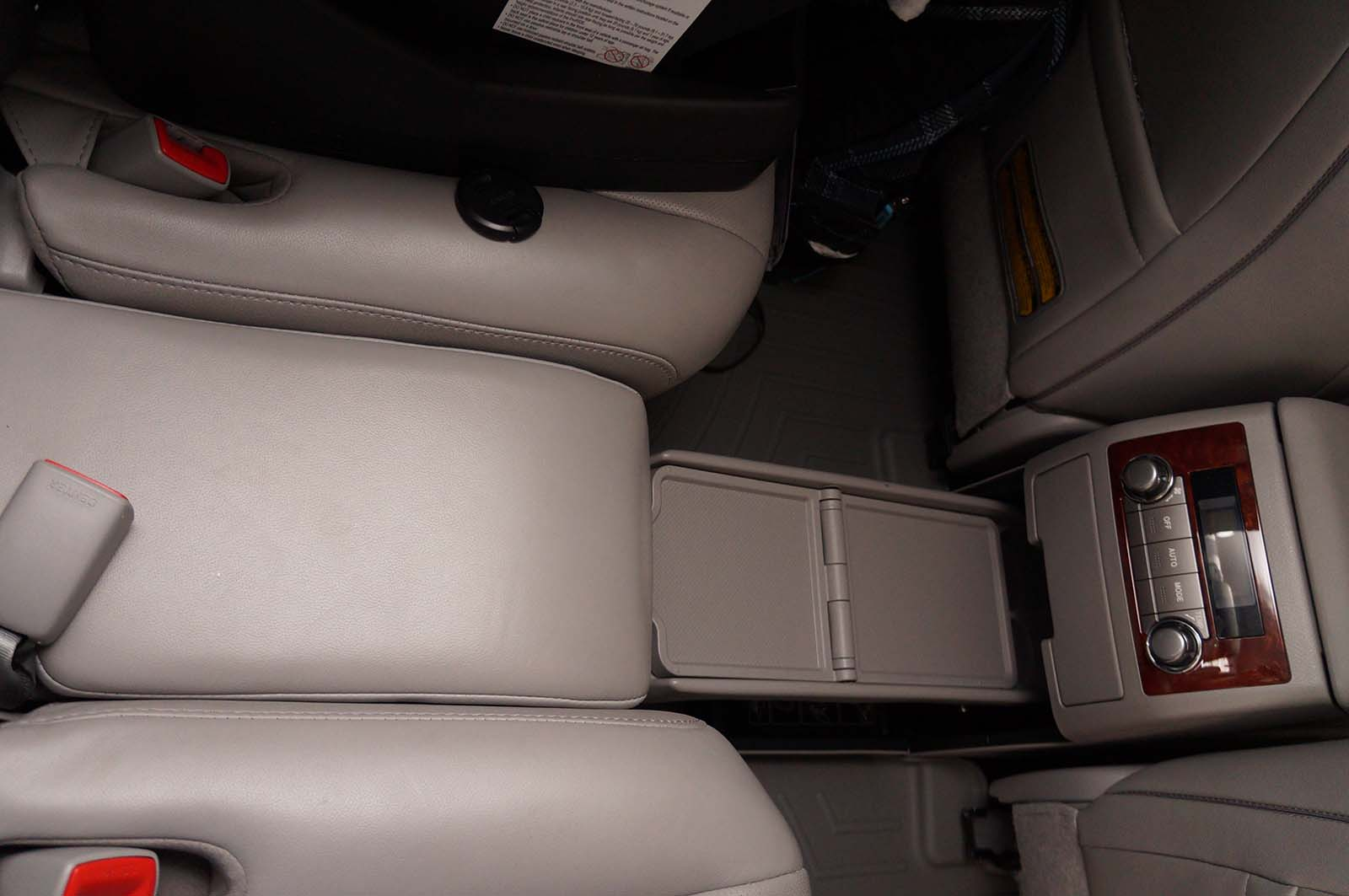2012 Toyota Highlander middle seat 2 by Sarah Franzen