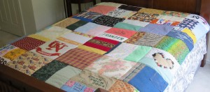 Finished quilt on bed2